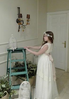 Corona de flores para niña de comunión