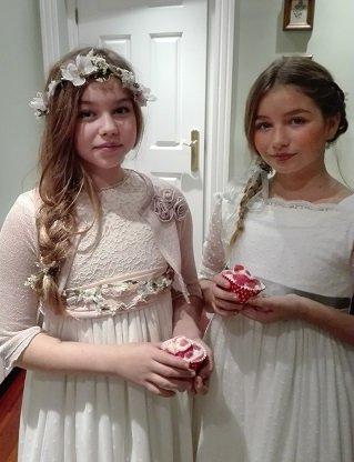 Corona y cinturón de flores para niñas