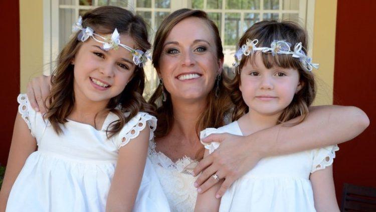 Corona de niñas de arras y ceremonia