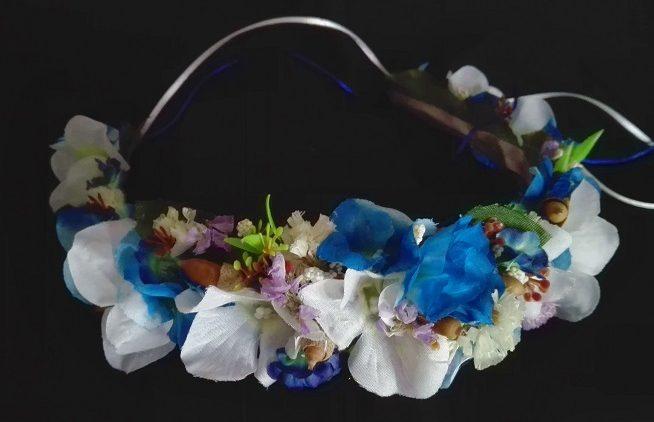 Corona de niñas de arras o comunión azul