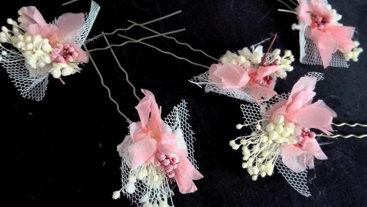 Peinecillas de flores