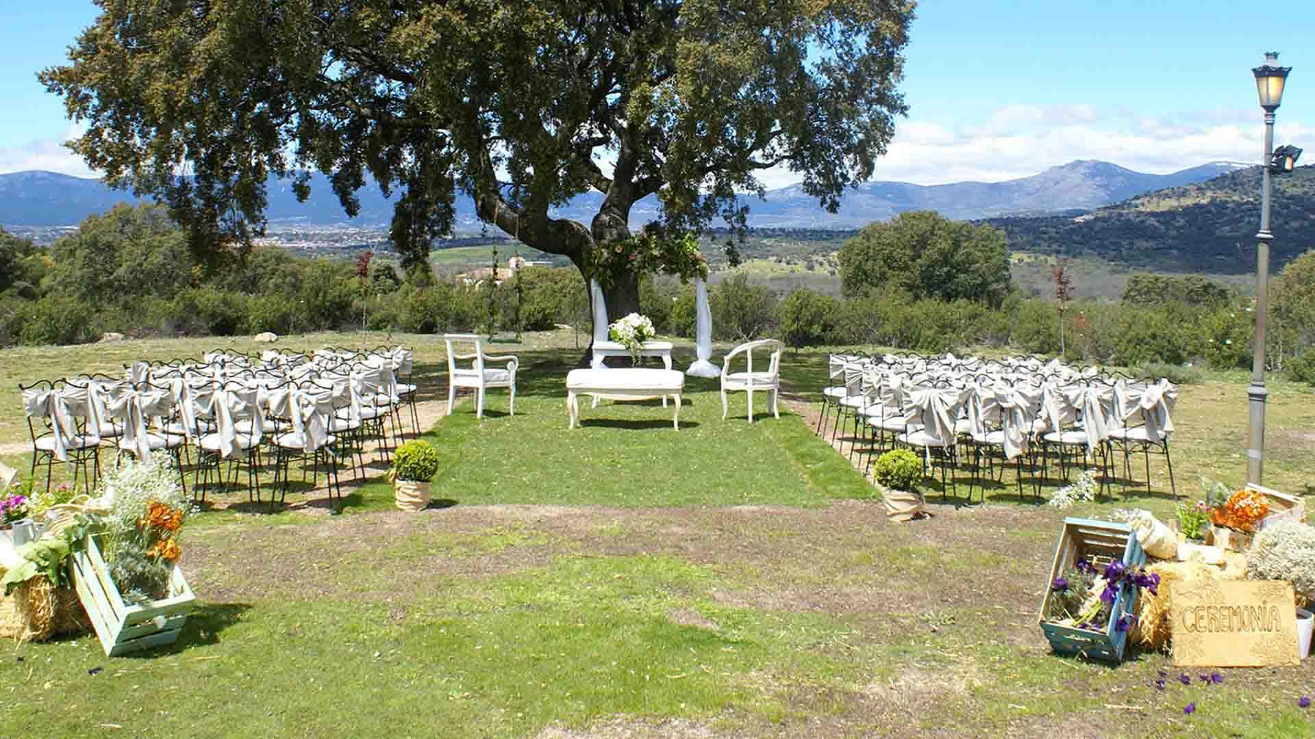 Entrada de ceremonia al aire libre