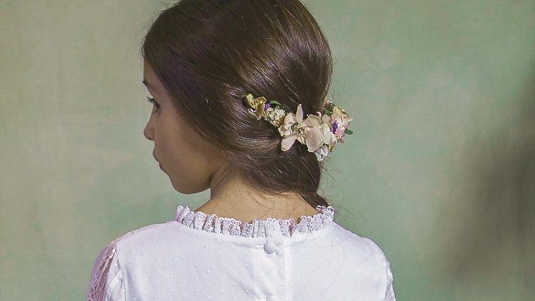 Corona niña de flores preservadas para comunión